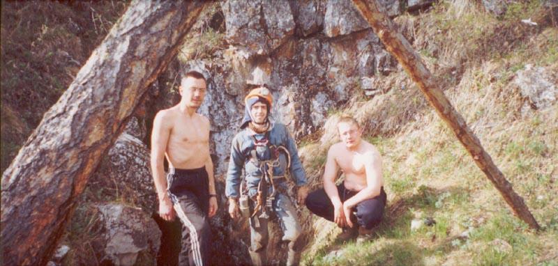 http://www.nskdiggers.ru/photo_drugie/Syja2002/syja01.jpg